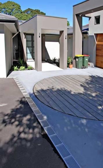 ALGLS-Series-Aluminium-Grate-Residential-Driveway-Application